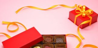 Chocolates & Cookies Gifts for Valentine's Day