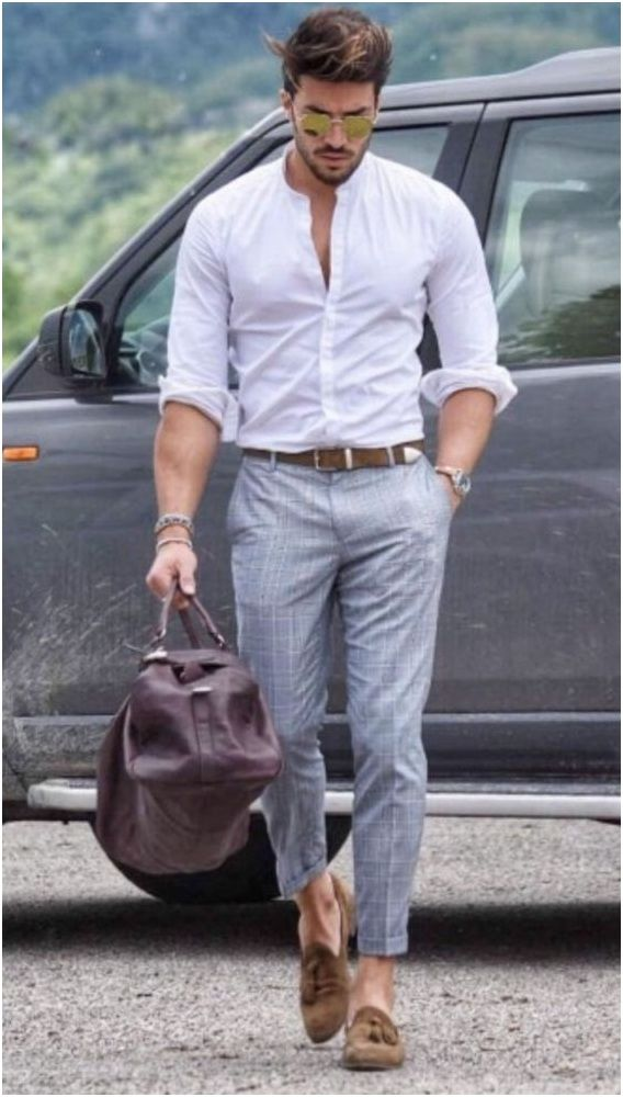 CHINOS PANTS WITH WHITE SHIRT