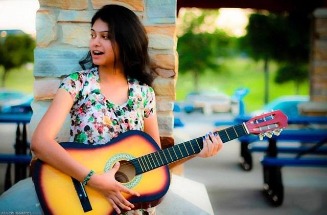 Satya Yamini - Telugu Singer