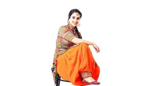 Sunanda Sharma Punjabi female singers