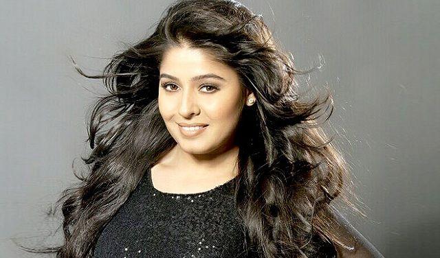 Sunidhi Chauhan richest indian singer