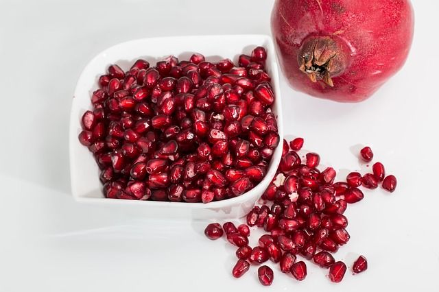 pomegranate fruits to eat during pregnancy for fair baby