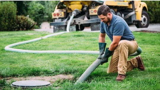 Septic Tank Repair Technicians